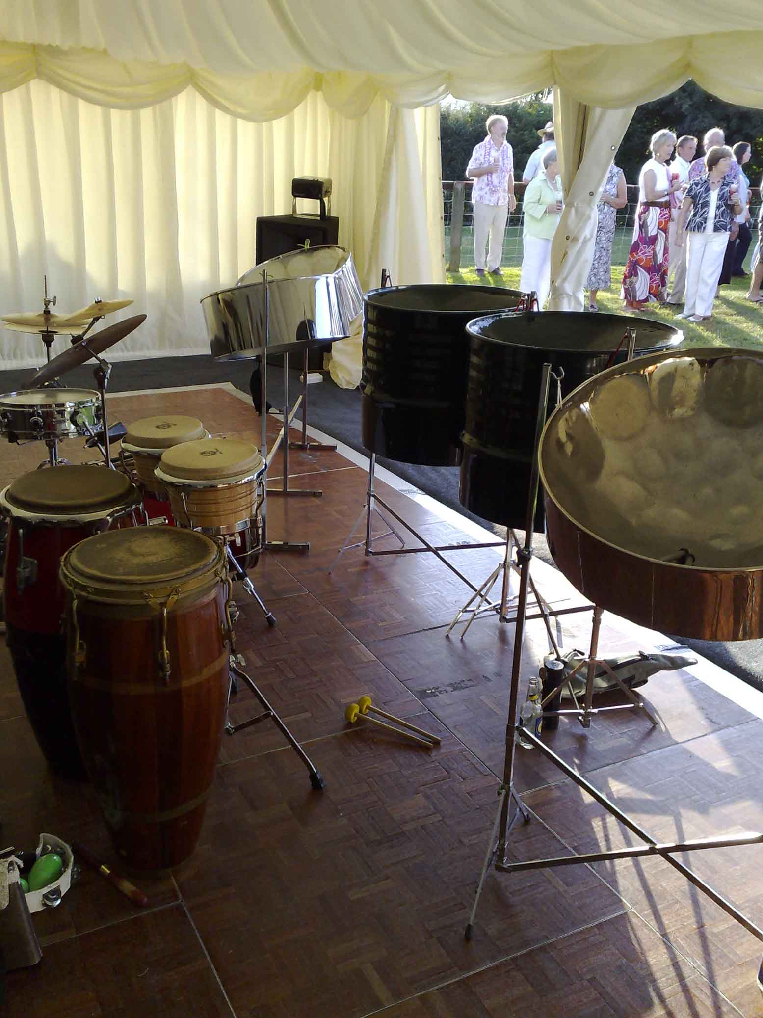 Steel band hire London, steel band for party, live band hire London, live ensemble for small party, band hire Kensington,