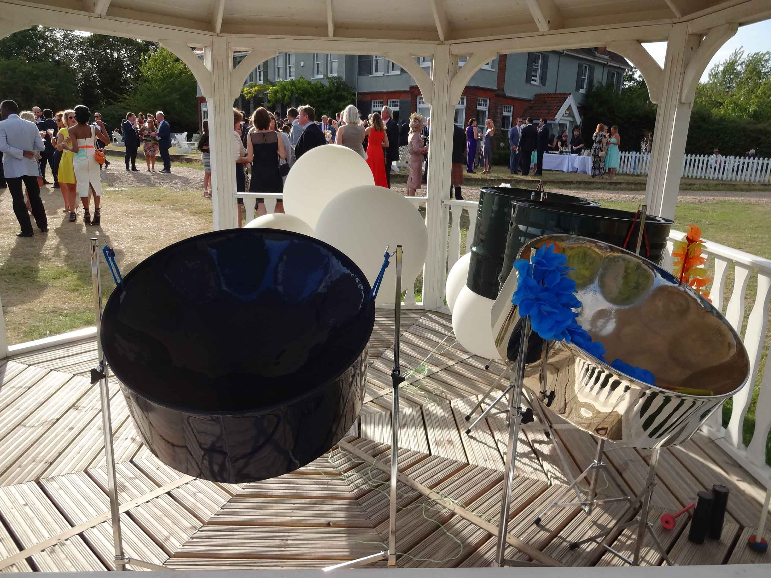 Steel bands in Hertfordshire, live band for party, live band hire London, live ensemble for small party, band hire Kensington, Knightsbridge, Sloane Street, Eaton Square, Pimlico,