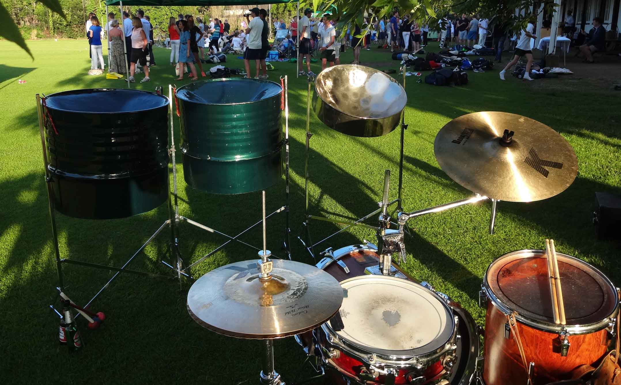 steel bands in Herts, steel band for wedding Herts, steel band Cheshunt, (Rickmansworth, Tring, St Albans, Stevenage,)